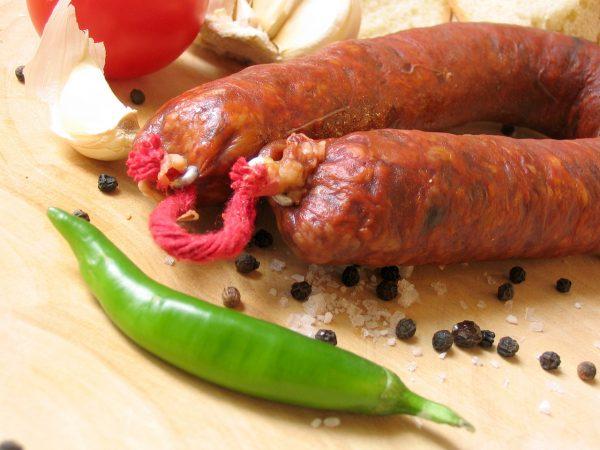 chorizo-spanish-sausage-1517139-1280×960